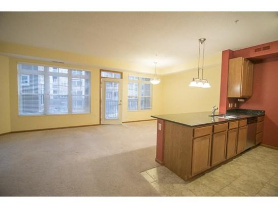 2540 38th Avenue Ne #206, St. Anthony, MN - USA (photo 3)