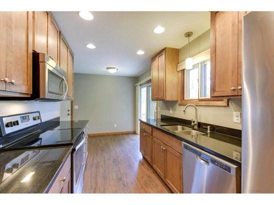 10643 Kell Avenue S, Bloomington, MN - USA (photo 3)