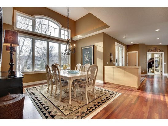 3595 Woodland Court, Eagan, MN - USA (photo 5)