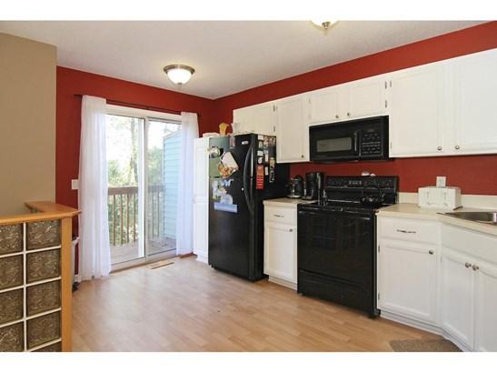5982 Fernwood Street, Shoreview, MN - USA (photo 5)