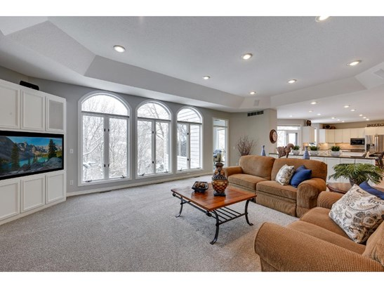 10232 Antlers Ridge, Eden Prairie, MN - USA (photo 5)