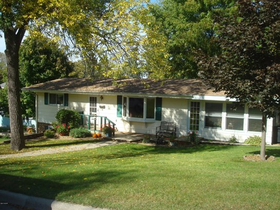335 E Sorenson Avenue, Appleton, MN - USA (photo 1)