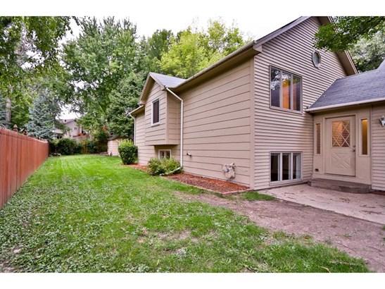 1717 Slater Lane, Burnsville, MN - USA (photo 2)