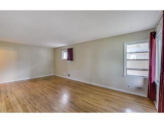 4405 6th Street Ne, Columbia Heights, MN - USA (photo 2)