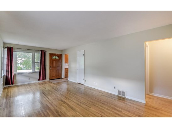4405 6th Street Ne, Columbia Heights, MN - USA (photo 4)
