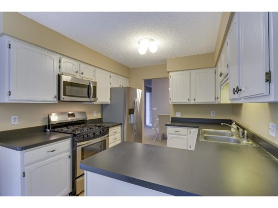 205 Galtier Place, Shoreview, MN - USA (photo 3)