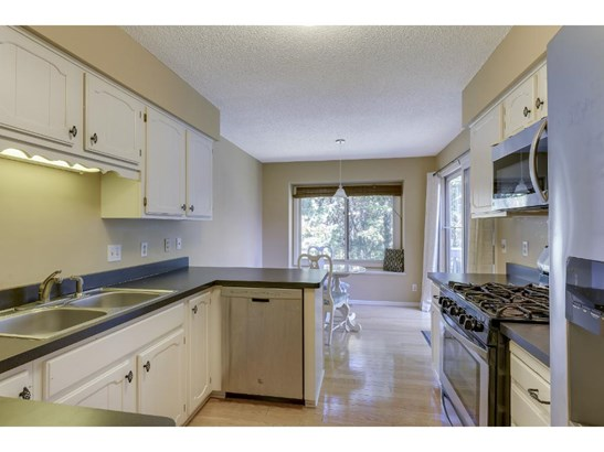 205 Galtier Place, Shoreview, MN - USA (photo 4)