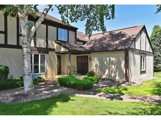 1869 Eagle Ridge Drive #6, Mendota Heights, MN - USA (photo 1)