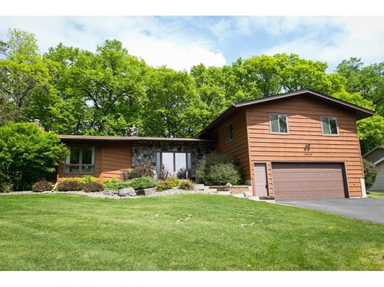 5854 W Bald Eagle Boulevard, White Bear Lake, MN - USA (photo 1)