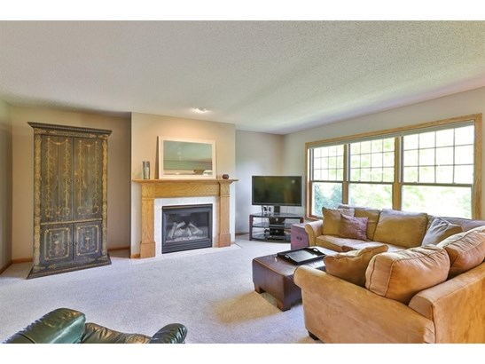 448 Vadnais Lake Drive, Vadnais Heights, MN - USA (photo 5)