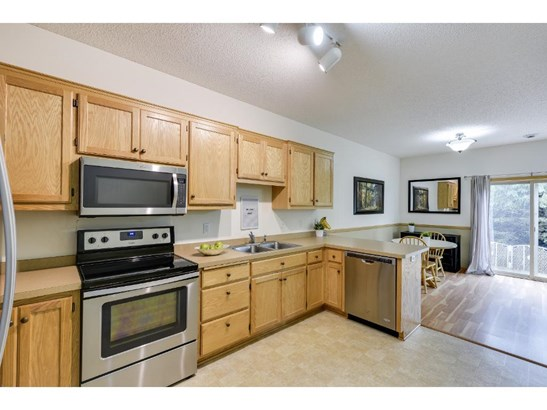 16917 Embers Avenue #1202, Lakeville, MN - USA (photo 5)
