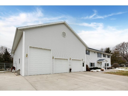 955 Johnson Place Se, Owatonna, MN - USA (photo 3)