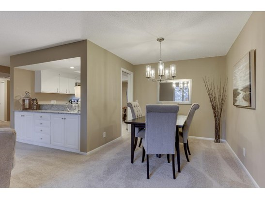 5501 Dewey Hill Road #221, Edina, MN - USA (photo 4)