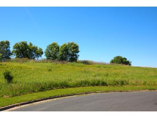 Xxxx Parkshore Drive, Arden Hills, MN - USA (photo 4)