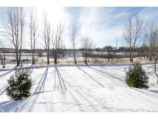1379 Creekside Drive, Waconia, MN - USA (photo 2)