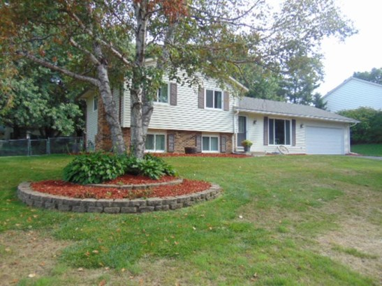 8302 68th Street S, Cottage Grove, MN - USA (photo 2)
