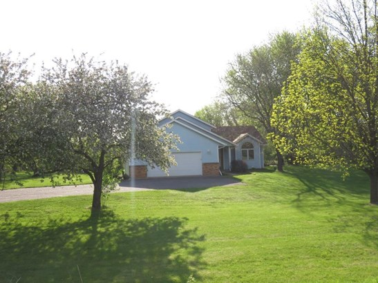 10565 County Road 23 Se, Becker, MN - USA (photo 1)