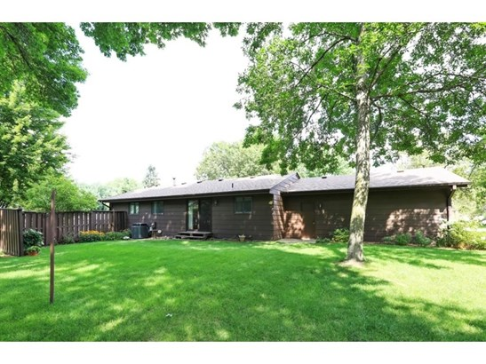 4251 Svensk Lane N, Eagan, MN - USA (photo 2)