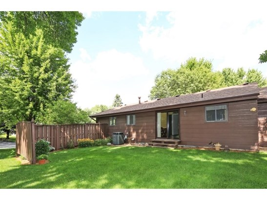 4251 Svensk Lane N, Eagan, MN - USA (photo 3)