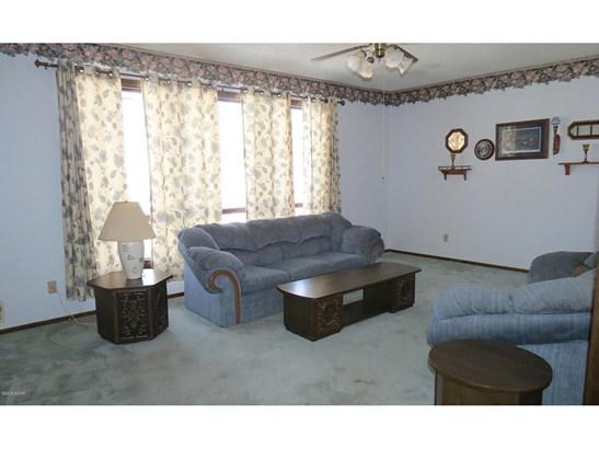 119 Birch Avenue Sw, Renville, MN - USA (photo 5)