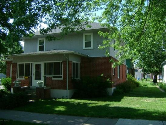 577 E 5th Street, Winona, MN - USA (photo 1)