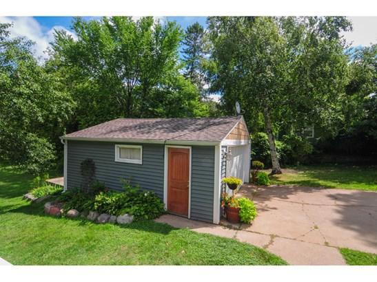 2147 Larpenteur Avenue E, Maplewood, MN - USA (photo 4)