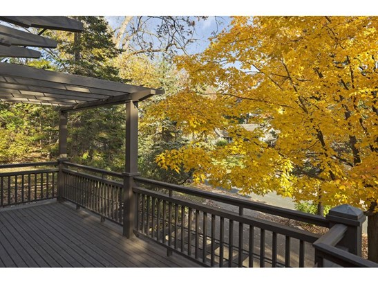1304 Tyrol Trail, Golden Valley, MN - USA (photo 2)
