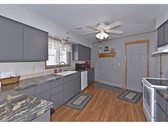 208 4th Street Sw, Medford, MN - USA (photo 4)