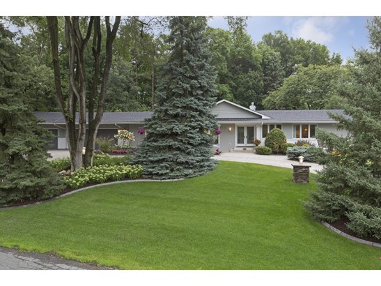 7209 Shannon Drive, Edina, MN - USA (photo 2)
