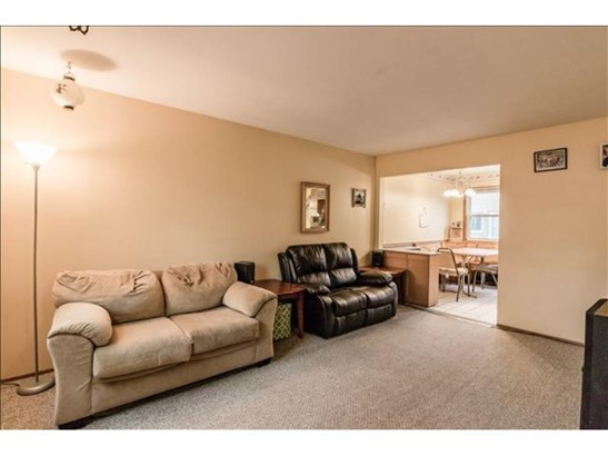 749 3rd Avenue E, Shakopee, MN - USA (photo 5)