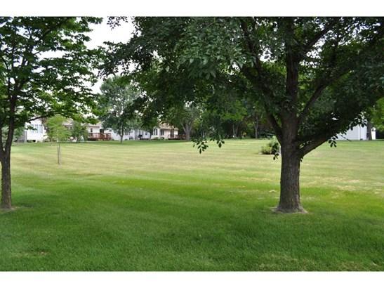 1072 Prairie View Drive Sw, Hutchinson, MN - USA (photo 5)