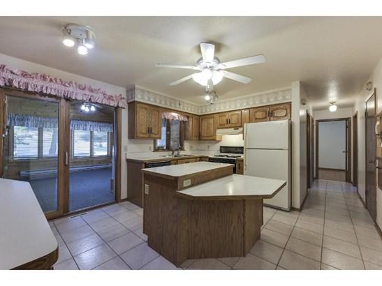 943 Pierce Street S, Shakopee, MN - USA (photo 3)