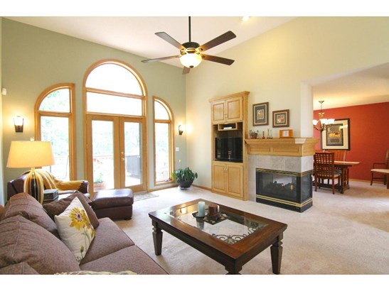 6724 Clearwater Creek Drive, Lino Lakes, MN - USA (photo 5)