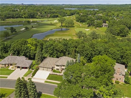 10722 Mount Curve Road, Eden Prairie, MN - USA (photo 2)