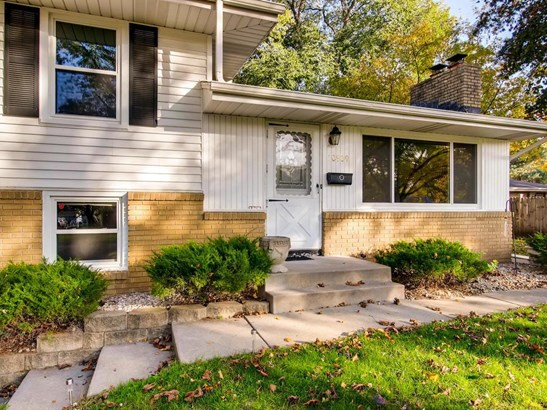 10909 Morris Avenue S, Bloomington, MN - USA (photo 2)