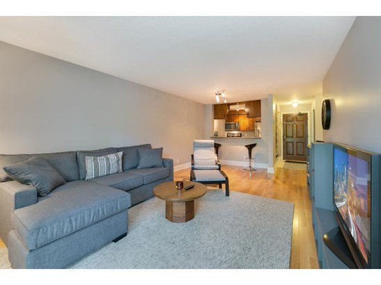 740 County Road F W #d, Shoreview, MN - USA (photo 5)