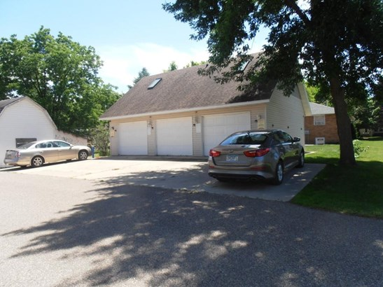 110 4th Street, Kenyon, MN - USA (photo 3)