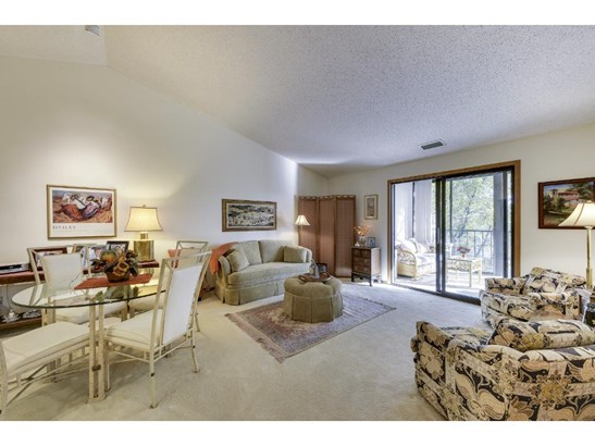 7200 Cahill Road #304, Edina, MN - USA (photo 2)