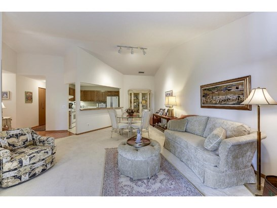 7200 Cahill Road #304, Edina, MN - USA (photo 5)
