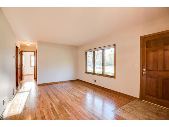 611 Northdale Boulevard Nw, Coon Rapids, MN - USA (photo 1)