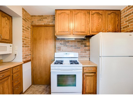 611 Northdale Boulevard Nw, Coon Rapids, MN - USA (photo 4)
