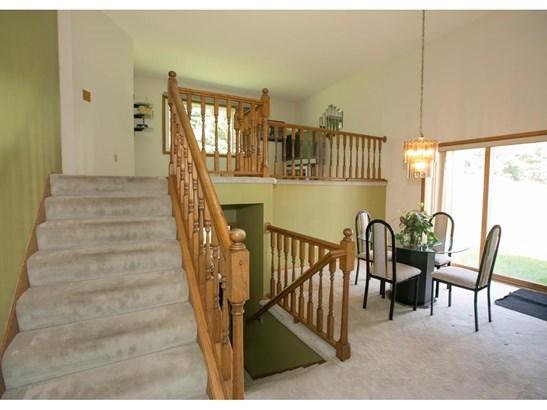 701 Evergreen Knolls, Mendota Heights, MN - USA (photo 2)