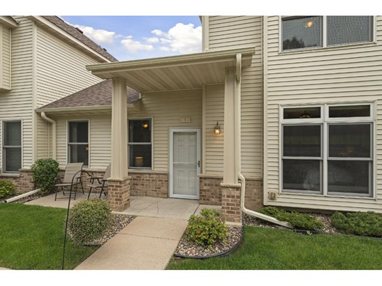 781 Parkside Lane Ne, Columbia Heights, MN - USA (photo 2)