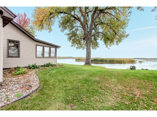10891 Lawrence Avenue Nw, Annandale, MN - USA (photo 3)