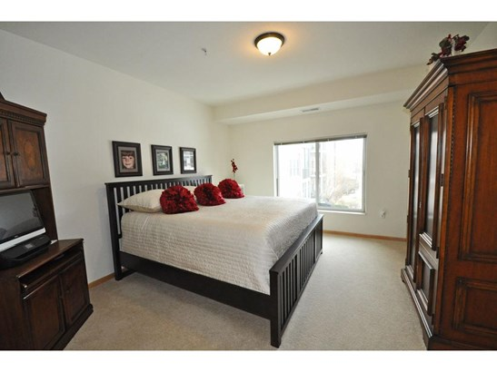 7100 Metro Boulevard #205, Edina, MN - USA (photo 4)