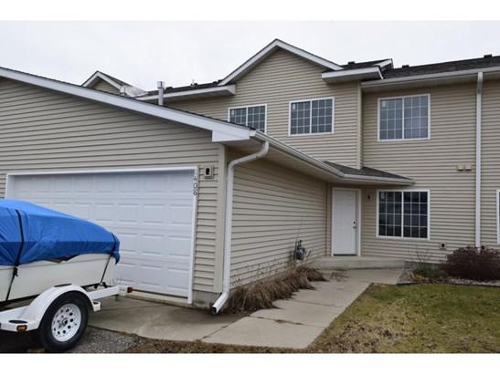 1408 Baldwin Avenue N, Glencoe, MN - USA (photo 1)
