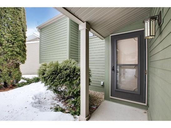 7017 Springhill Circle, Eden Prairie, MN - USA (photo 3)