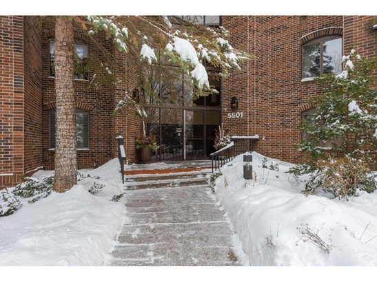 5501 Dewey Hill Road #326, Edina, MN - USA (photo 1)