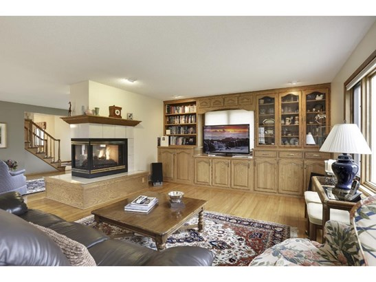 5229 Duggan Plaza, Edina, MN - USA (photo 3)
