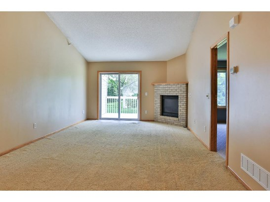 789 86th Avenue Nw, Coon Rapids, MN - USA (photo 2)